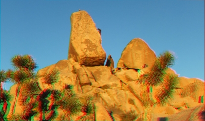 3D Anaglyph Headstone Rock (use red-cyan glasses)