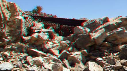 Desert Queen Mine 20150427 3DA 1080p DSCF9503