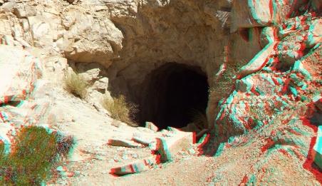 Desert Queen Mine 20150427 3DA 1080p DSCF9595