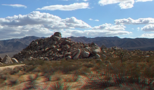 The Ski Slope Joshua Tree 3DA 1080p DSCF2102
