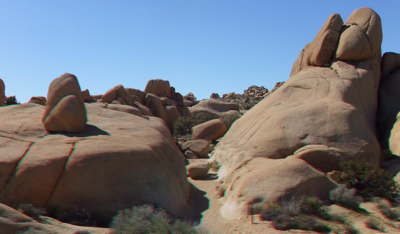 Jumbo Rocks Conans Corridor trail 3DA 1080p DSCF0831