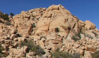 Dutzi Rock Joshua Tree NP 3DA 1080p DSCF1062