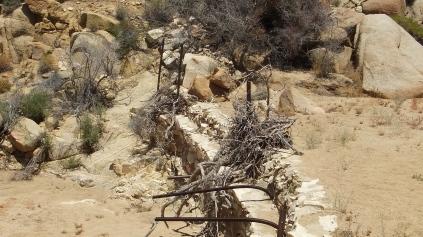 Desert Queen Mine dam DSCF4166