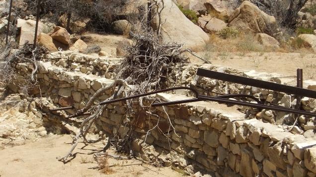 Desert Queen Mine dam DSCF4173