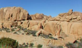 Jumbo Rocks Corridor 1080p 3DA DSCF5619