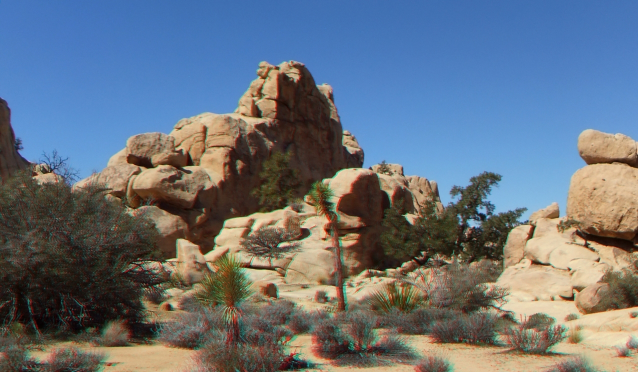 Summit or Plummet Rock Joshua Tree NP 1080p 3DA DSCF5351