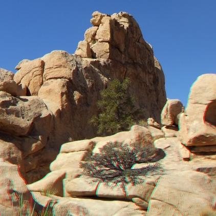 Summit or Plummet Rock Joshua Tree NP 1080p 3DA DSCF5354