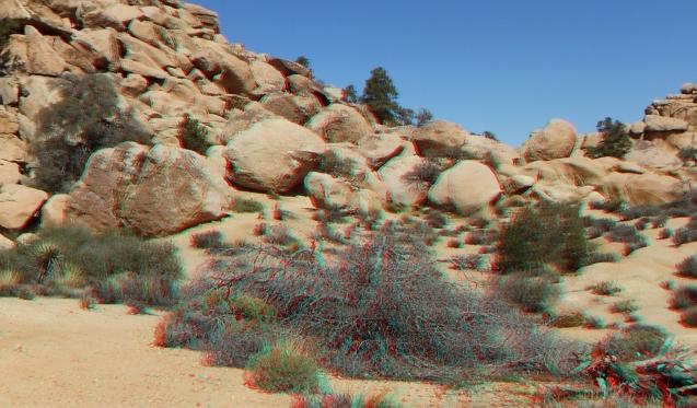 Voices Boulder Joshua Tree NP 1080p 3DA DSCF5427