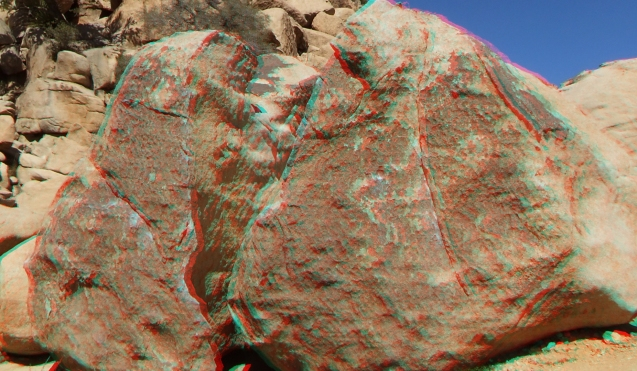Voices Boulder Joshua Tree NP 1080p 3DA DSCF5433