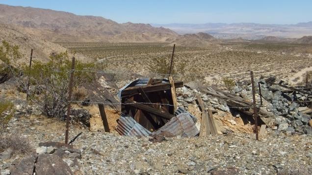 Pinto Wye Mine Site Joshua Tree NP DSCF7302