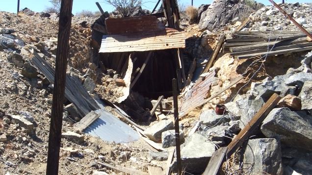 Pinto Wye Mine Site Joshua Tree NP DSCF7311