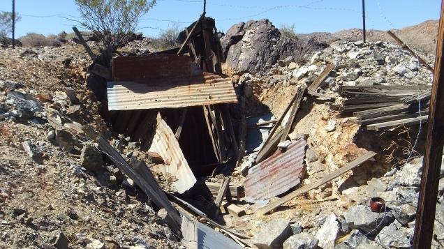 Pinto Wye Mine Site Joshua Tree NP DSCF7313
